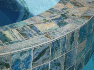 Tiled spa dam wall around radius